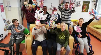 12 maggio 2020, le uova di cioccolato della Croce Rossa per i fratelli preziosi di Collesalvetti
